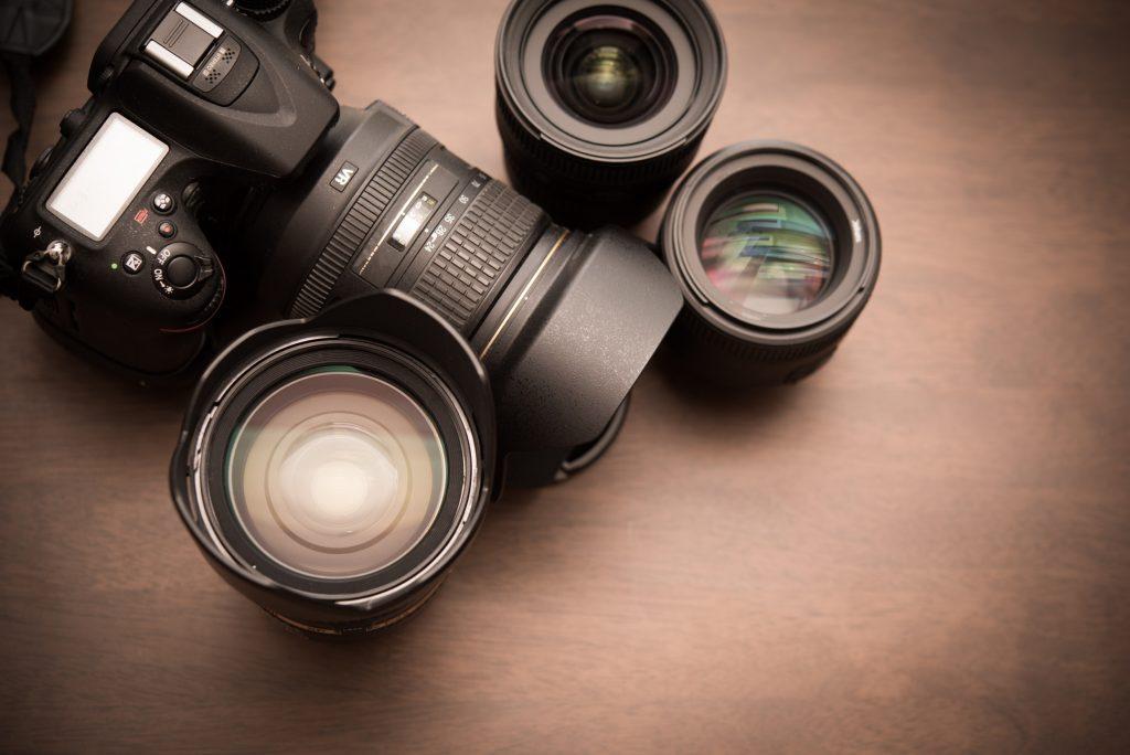 一眼レフカメラの交換レンズの種類と特徴紹介!